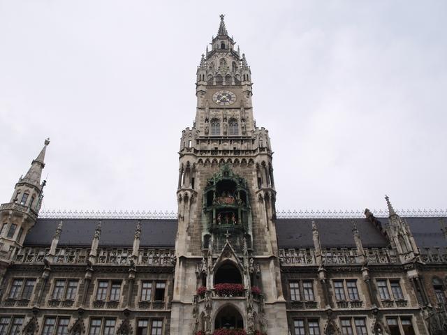 Neues Rathaus отвън - 2