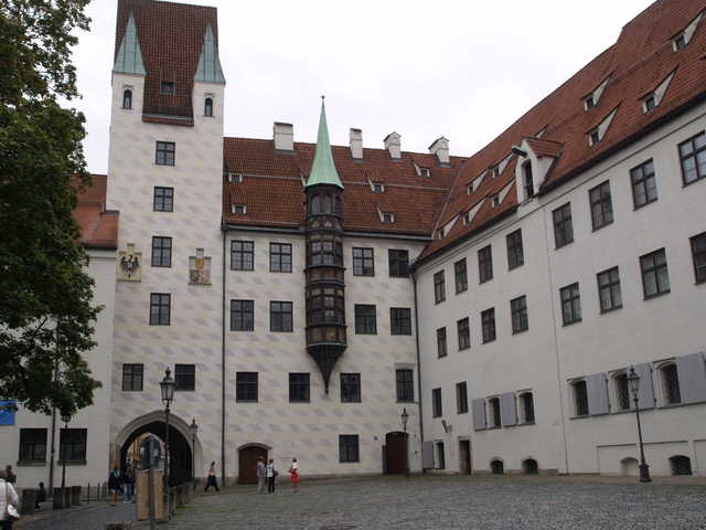 Alter Hof - 2