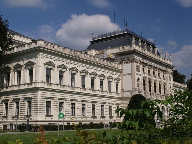 Големите сгради - 1