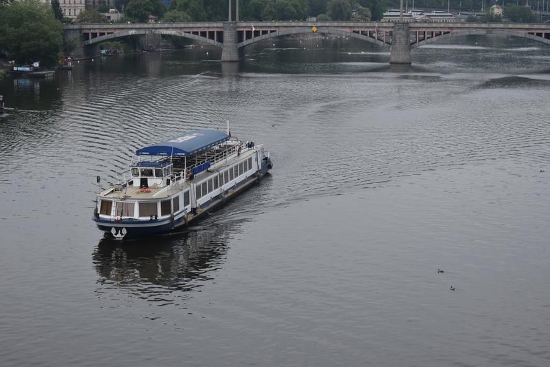 Реката - 8