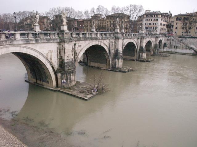 Мостът - 2