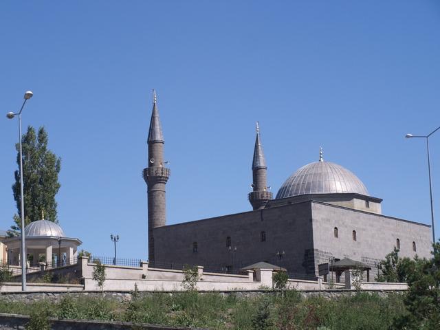 Джамия - 4