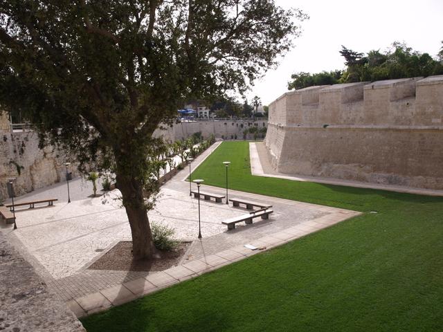 Крепостните стени - 6
