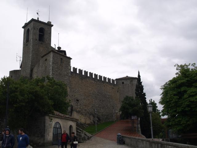 Първа кула - 4