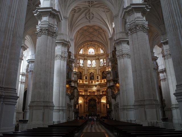 Катедралата - 10