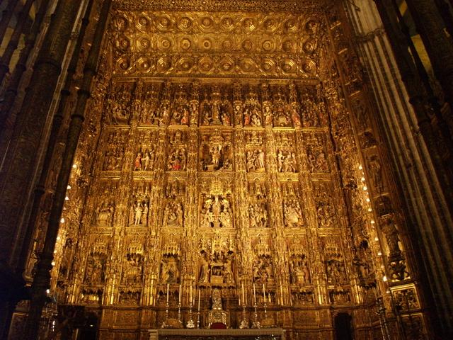Катедралата отвътре - 10